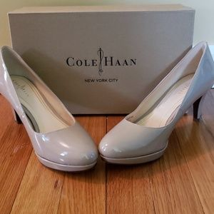 Cole Haan Chelsea Low Pump w/Nike Air - Size 8B